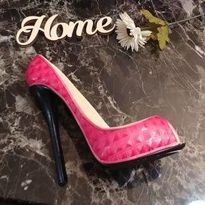 Kitchen - Pink High Heel Wine Holder LIKE NEW!